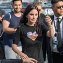 Courteney Cox – Arriving at Jimmy Kimmel Live! in LA - 454 x 606