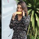 Mila Kunis – Out in Bel Air - 454 x 680