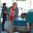 Mischa Barton - Stopping To Get Gas And A Coffee At A Gas Station In Los Angeles, CA, 2010-05-07