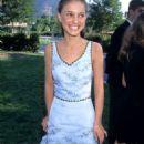 Natalie Portman At The 1996 MTV Movie Awards - 454 x 779