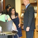 Salma Hayek - Shopping In Beverly Hills 2008-07-31