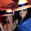 Slash & Perla Hudson - 454 x 340