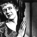 Hush...Hush, Sweet Charlotte - Bette Davis - 454 x 493