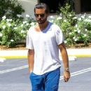 Scott Disick is spotted out for lunch at Lovi's Deli in Calabasas, California on June 30, 2016 - 454 x 595