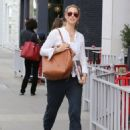Elizabeth Berkley at Le Pain Quotidien in Beverly Hills January 30, 2015 - 454 x 597