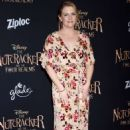 Melissa Joan Hart – 'The Nutcracker And The Four Realms' Premiere in LA - 454 x 641