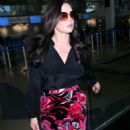 Catherine Zeta Jones – Arriving at LAX Airport in LA - 454 x 681