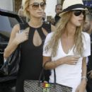 Paris Hilton - Out In West Hollywood, 2007-10-08 With Nicky Hilton