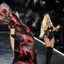Rita Ora – Performs at 2018 Victoria's Secret Fashion Show in NYC