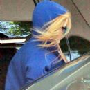 Avril Lavigne - Arriving At Brody Jenner's Condo, 12.07.2010.