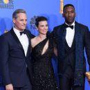 Viggo Mortensen, Linda Cardellini, and Mahershala Ali At The 76th Golden Globe Awards (2019) - Press Room - 454 x 381