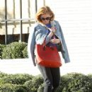 Isla Fisher – Grabs Food At Gracias Madre in Los Angeles 12/2/ 2016 - 454 x 614
