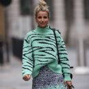 Vogue Williams – Look chic at Heart Radio in London