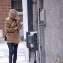 Naomi Watts – Walks her dog in New York City - 454 x 678