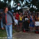 Josh Holloway in Sunset on the beach: Lost Season 6 Premiere