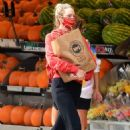 Candice Swanepoel – Grocery shopping candids in New York City