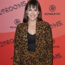 Elizabeth Henstridge – Refinery29's 29rooms Los Angeles 2018: Expand Your Reality photocall - 454 x 608
