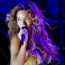 Beyoncé Knowles - Beyonce Performes A Free Concert In Toronto 2007-09-15