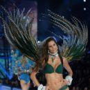 Izabel Goulart- 2016 Victoria's Secret Fashion Show in Paris - Show - 400 x 600