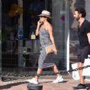 Eva Longoria shopping in Puerto Banus - 454 x 303