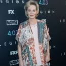 Jean Smart – 'Legion' Season 2 Premiere in Los Angeles - 454 x 636