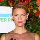 Claire Danes – Hudson River Park Gala in New York - 454 x 671