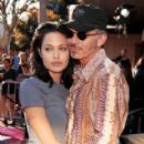 Angelina Jolie and Billy Bob Thornton - 289 x 480