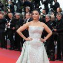 Aishwarya Rai – 'Sink or Swim' Premiere at 2018 Cannes Film Festival - 454 x 681