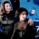Lacey Chabert as Penny Robinson is Lost in Space - 454 x 353