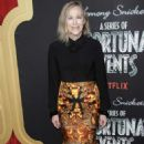 Catherine O'Hara – 'A Series of Unfortunate Events' Premiere in New York - 454 x 681