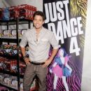 Jackson Rathbone at the 2012 Teen Choice Awards (July 22) - 454 x 613