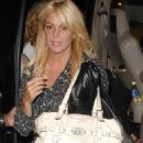 Lindsay Lohan And Samantha Ronson Having Dinner With Their Moms At Bar Pitti In New York City, 2008-08-24