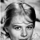 Shirley Knight - 391 x 582