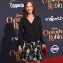 Lesley Ann Warren – 'Christopher Robin' Premiere in Los Angeles - 454 x 672