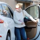 Dakota Fanning – Leaving The Coffee Bean & Tea Leaf in Studio City