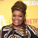Yvette Nicole Brown – 'Dear White People' Season 3 Premiere in Los Angeles - 454 x 568