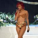 "Rihanna Rocks Out for ""X-Factor"" Italy"