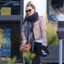 Hilary Duff stops by a gym for a workout in Studio City, California on January 24, 2017 - 405 x 600