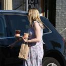 Kirsten Dunst – Out and about in Los Angeles - 454 x 780
