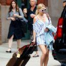 Kate Hudson Leaves hotel in New York - 454 x 554