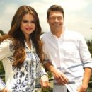 Selena Gomez interview with Ryan Seacrest will air on E! July 21, 2013 - 454 x 337