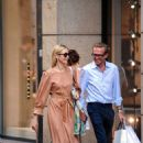 Kelly Rutherford – Shopping in Milan - 454 x 681