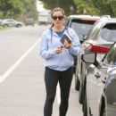 Jennifer Garner – Out for coffee in Los Angeles