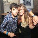 Mia Swier and Darren Criss - 454 x 336