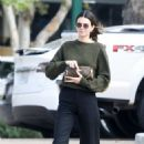 Kendall Jenner – Out for lunch in Malibu