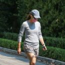 Jennifer Garner – Pictured checking the construction site of her new home