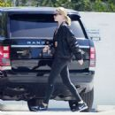Rosie Huntington Whiteley – Hits the gym in Beverly Hills - 454 x 488