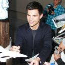 Taylor Lautner Visits Jimmy Kimmel Live May 24, 2011