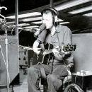 Thom Yorke - 355 x 524