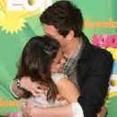 Selena Gomez posted on twitter a picture of her and late Cory Monteith - 440 x 609
